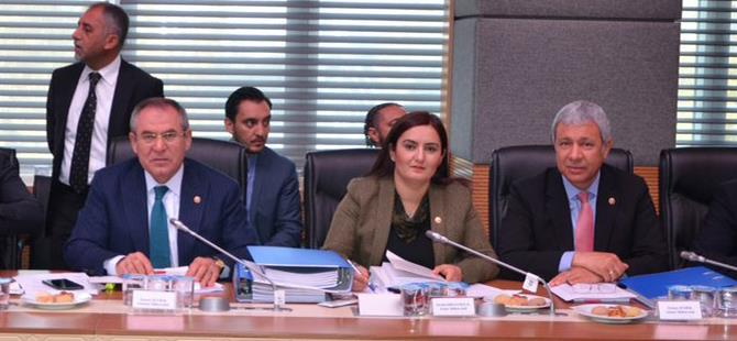 CHP'li Sümer'den, Halk Bankası'na çağrı: Esnafa kredi açılsın