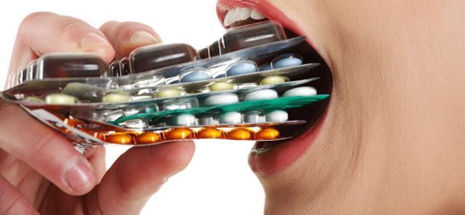 """Antibiyotiklerin """"altın çağı"""" sona mı eriyor?"""