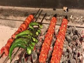 Adana kebabı nasıl yapılır...