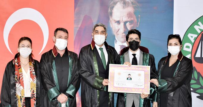 gazette genc avukatlar ruhsatlarini aldilar